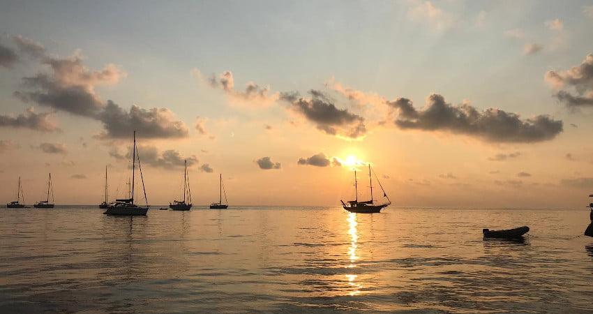 Settembre: perchè fare una vacanza in barca a vela?